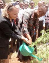 Ambassador of Finland and GBM's Wanjira Maathai plant a tree in memory of Wangari.